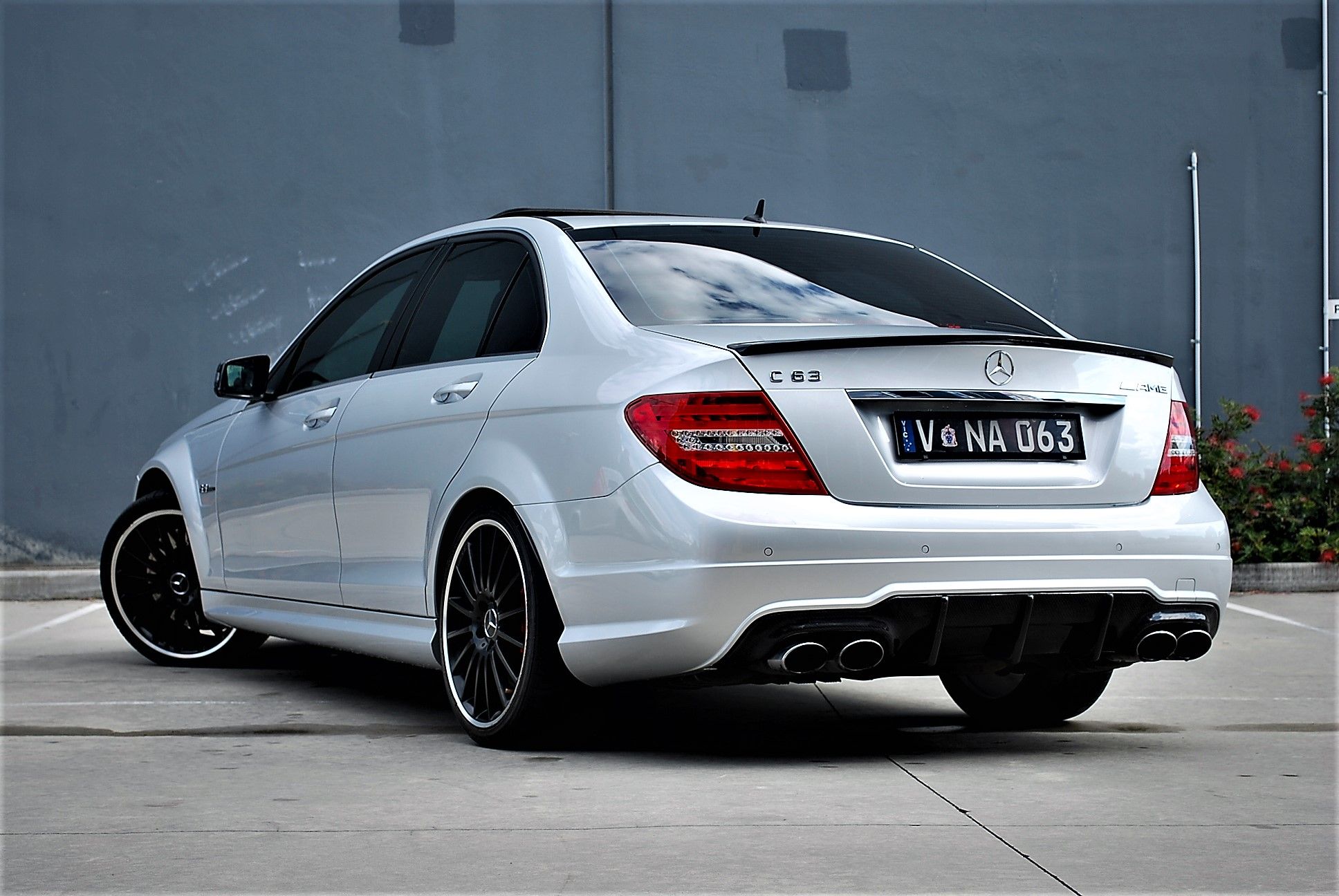 2011 Mercedes Benz C63 Amg Performance Package Find Me Cars